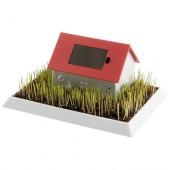 Maison solaire avec jardin