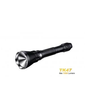 Fenix TK47 - 700 mètres de portée avec seulement 1300 lumnes