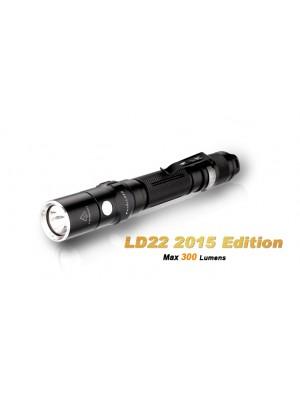 Fenix LD22 édition 2015 - 300 Lumens - avec Piles