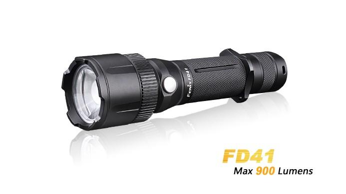 Fenix FD41 - Faisceau réglable - rotation 360° - 900 Lumens