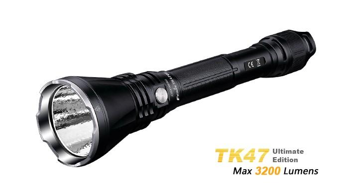 Fenix TK47 ultimate édition 2017 - 3200 Lumens pour plus d'autonomie - portée 400 mètres