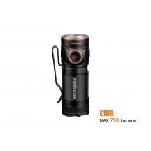 Fenix E18R - 750 lumens - rechargeable et ultra compact