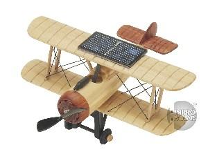 Avion solaire en bois - modèle miniature historique d'un biplan